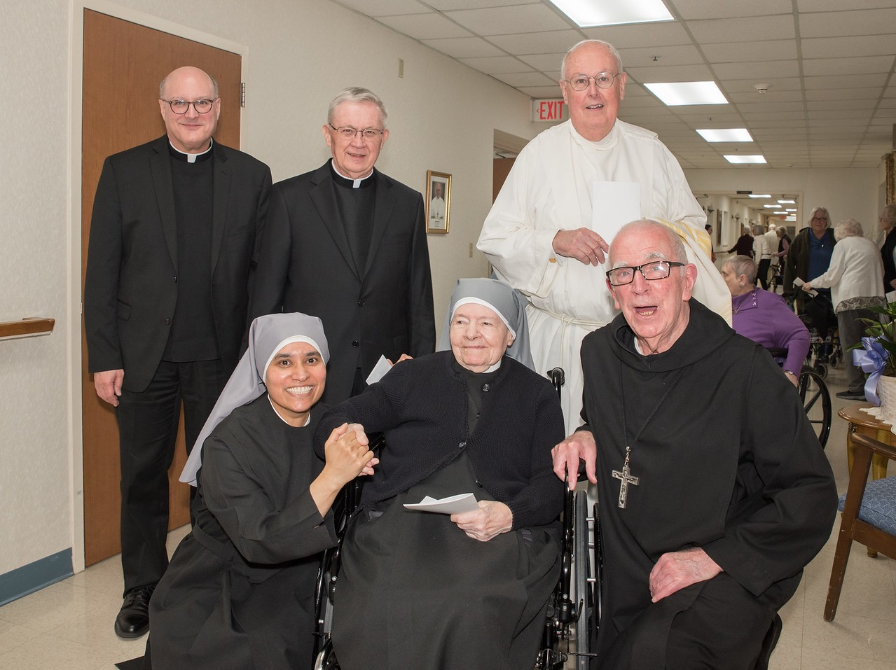 SLoP150th-5968-X2-priests-and-sisters
