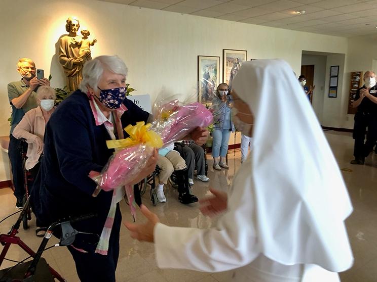 2021-Mother-Maria-Christine-Flowers-presented-Dori
